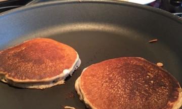 Pancakes végétaliens sans gluten à la chataigne